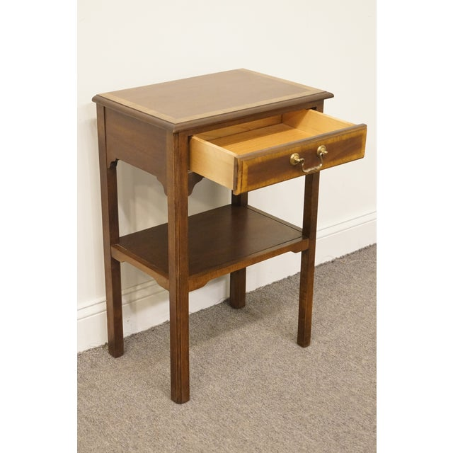 """Tan 20th Century Traditional Sherrill Furniture Banded Mahogany 18"""" Nightstand For Sale - Image 8 of 13"""