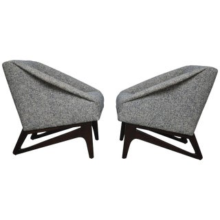 Italian Sculptural Form Lounge Chairs For Sale