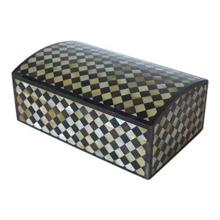 1970s Maitland-Smith Pen Shell & Mother of Pearl Harlequin Checkered Box