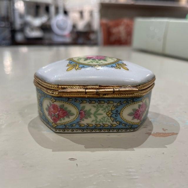 1950s Limoges France Porcelain Box For Sale - Image 4 of 7