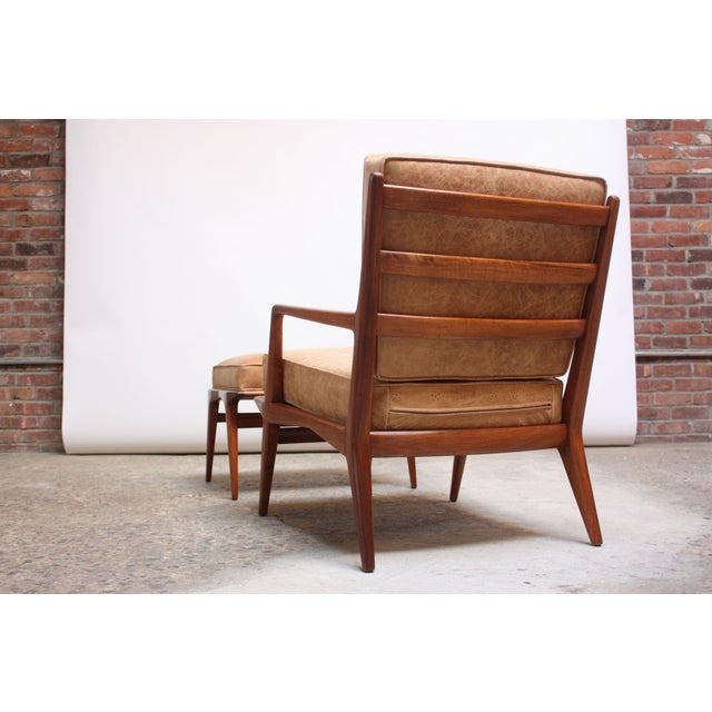 Italian Modern Carlo De Carli Walnut and Leather Lounge Chair and Ottoman For Sale In New York - Image 6 of 13