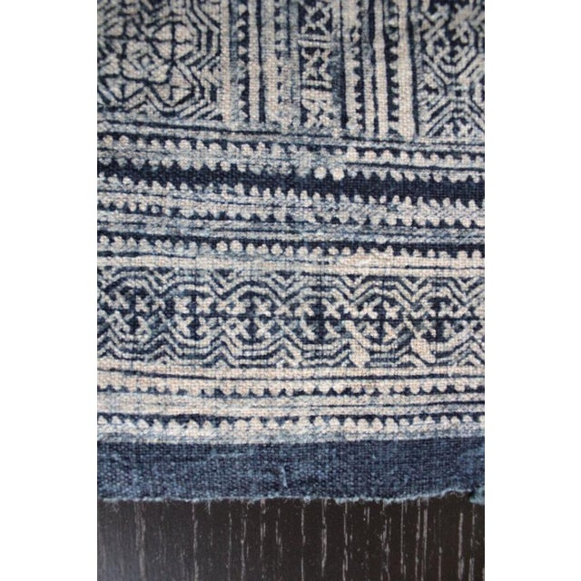 Vintage Silver Indigo Batik Fabric Roll For Sale - Image 7 of 7