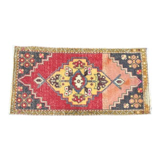 Vintage Traditional Turkish Anatolian Red Small Rug For Sale