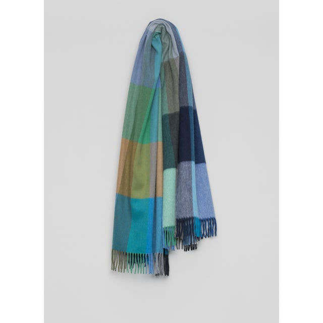 Contemporary Jura Palette Lambswool Angora Throw, Blue Multi For Sale - Image 3 of 3