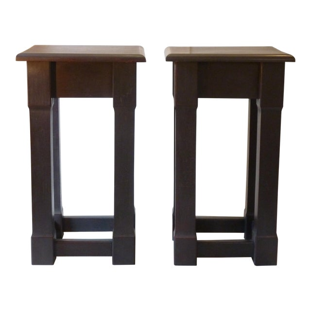 Early 20th Century American Square Pedestals - a Pair For Sale