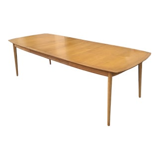 Drexel Meridian Dining Table With 2 Leaves For Sale