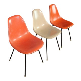 1958 Vintage Herman Miller Fiberglass Bucket Chairs - Set of 3 For Sale