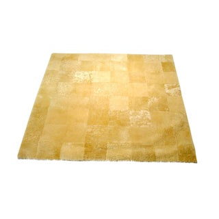 Gold Toned Shearling Sheepskin Carpet - 5′ × 5′
