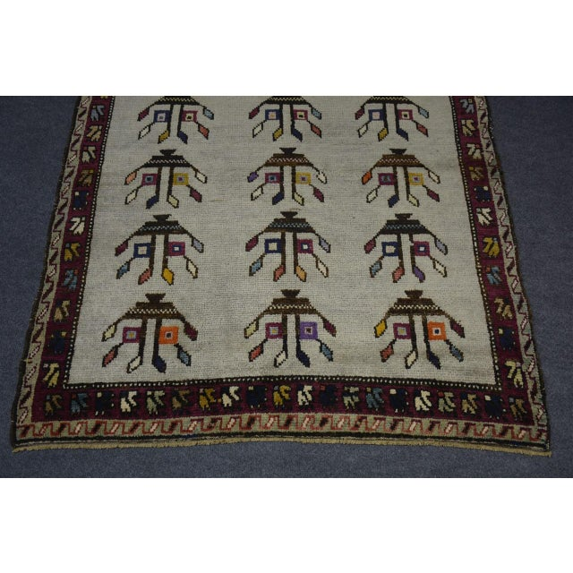 "Textile Vintage Turkish Anatolian Decorative Rug - ′3'10""x4'6"" For Sale - Image 7 of 10"