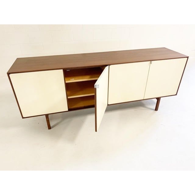 Florence Knoll Florence Knoll Model 541 Cabinet For Sale - Image 4 of 10