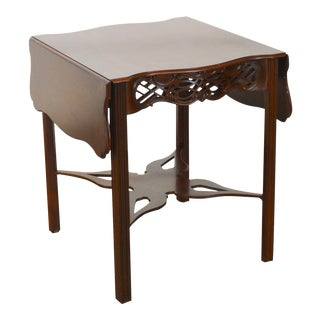 Baker Historic Charleston Collection Mahogany Chippendale Style Drop Leaf Side Table For Sale