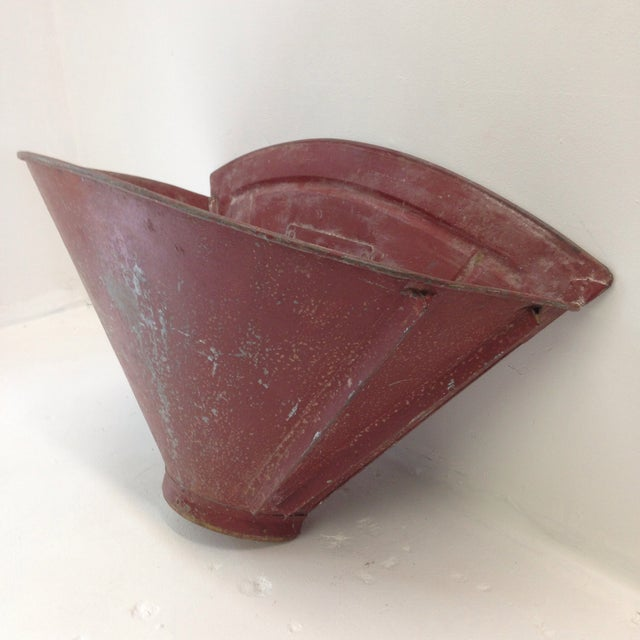 French 20th Century French Grape Hotte For Sale - Image 3 of 8