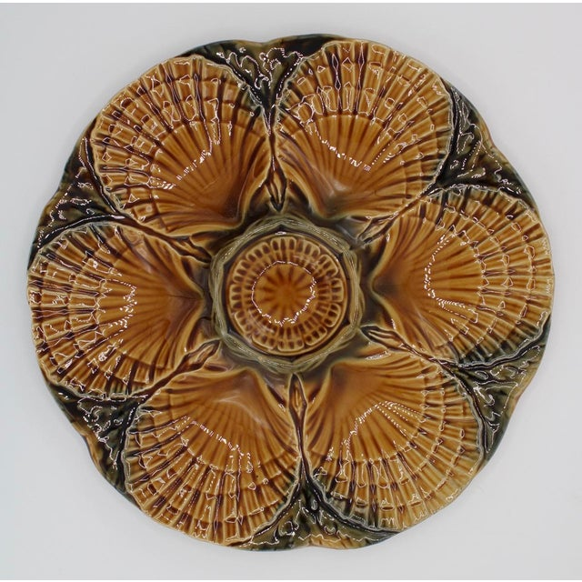 De Sarreguemines 1930s French Sarreguemines Scallop Shell Oyster Plate For Sale - Image 4 of 9