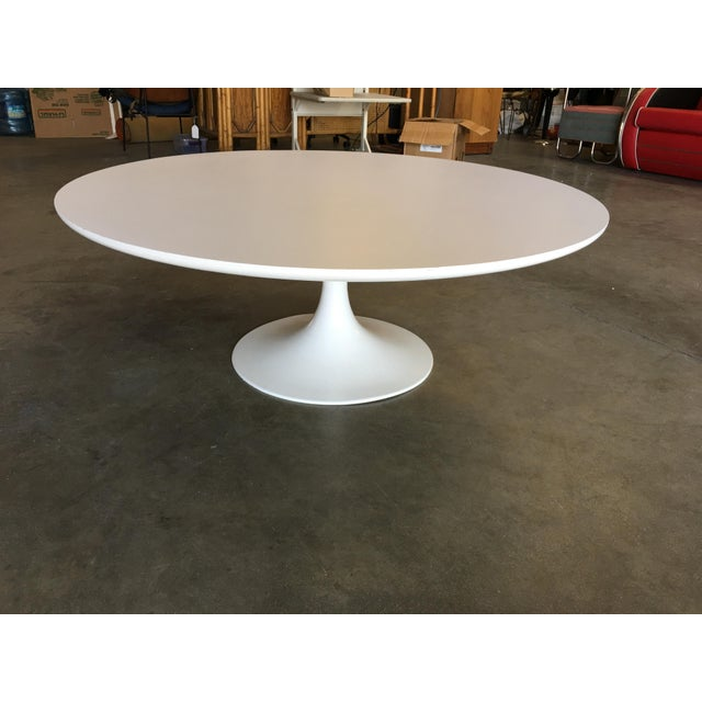 "Contemporary Round 42"" Tulip Coffee Table by Eero Saarinen for Knoll For Sale - Image 3 of 9"