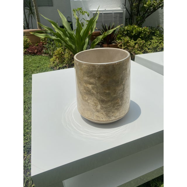 Mid-Century Modern Capis Shell Vase For Sale In Miami - Image 6 of 6