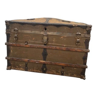 19th Century Antique Travelers Trunk For Sale