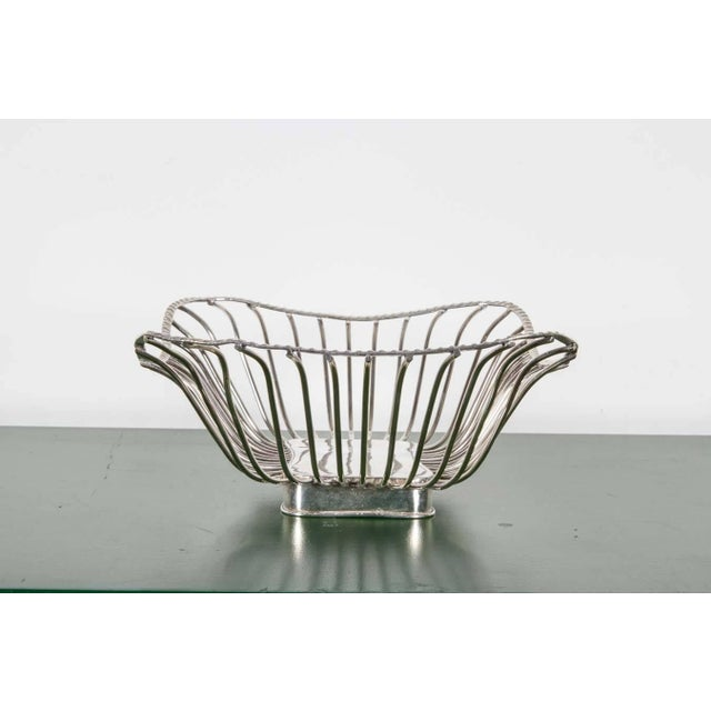 Metal Pair of Italian Silver Plate Wire Baskets For Sale - Image 7 of 8