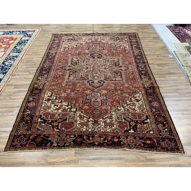Early 20th Century Antique Persian Heriz Rug - 8′3″ × 12′5″ For Sale In Nashville - Image 6 of 6