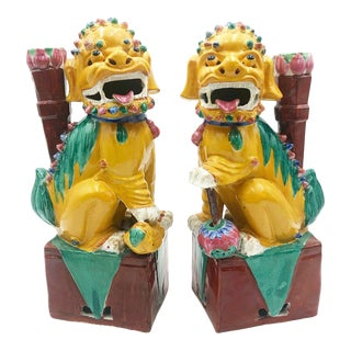 Pair of Antique Chinoiserie Foo Dogs For Sale