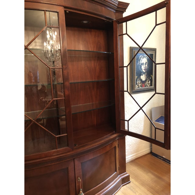 Baker Furniture Company Baker Mahogany China Cabinet Historic Charleston Collection For Sale - Image 4 of 8