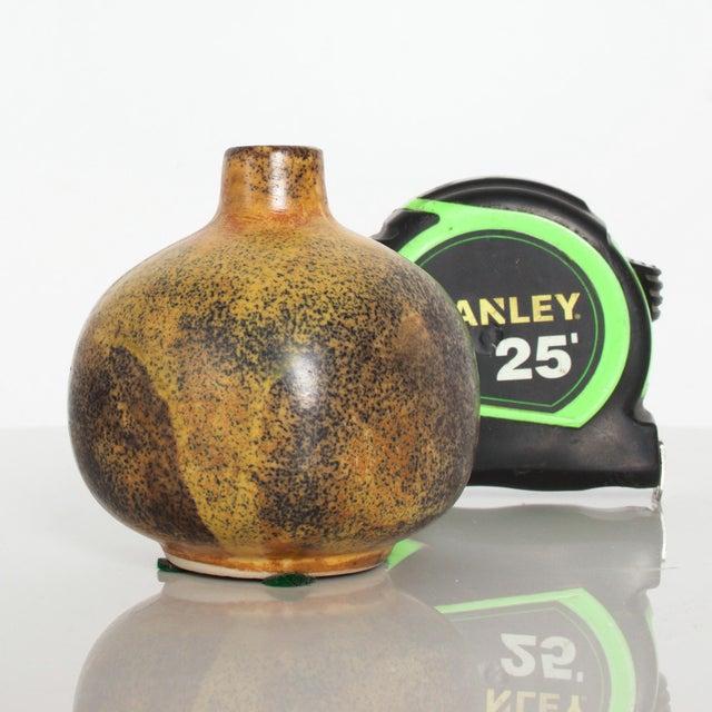 Brown Modern Mini Weed Pot Honey Glazed Ceramic California Studio Pottery 1960s For Sale - Image 8 of 11
