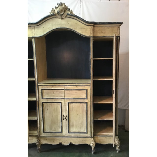 French Carved Center Crown Armoire For Sale In Los Angeles - Image 6 of 13