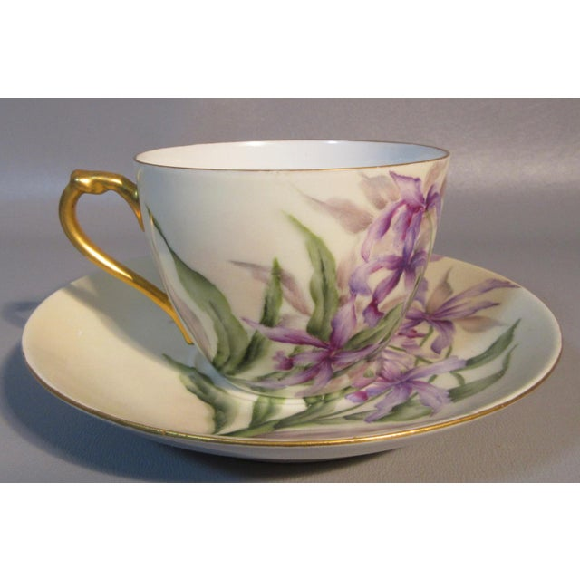 Late 19th Century 1890s H & Co. Haviland Hand Painted Purple African Lilies Cup & Saucer For Sale - Image 5 of 5