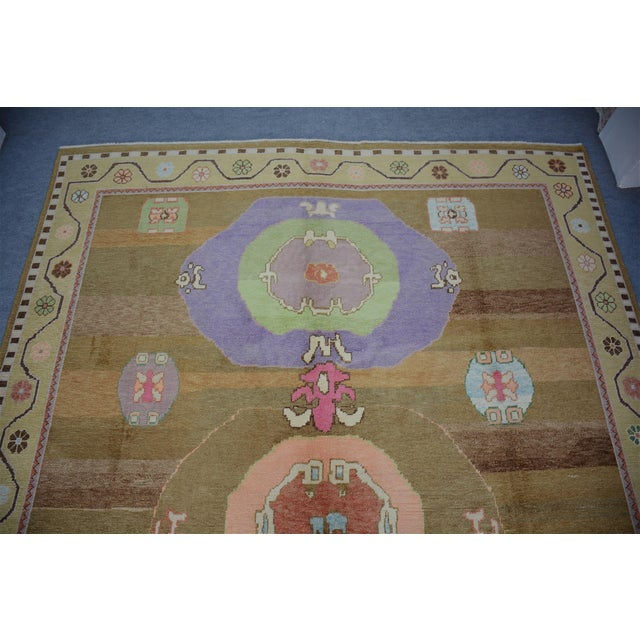 1990s Oversized Hand Knotted Turkish Contemporary Wool Rug For Sale - Image 5 of 9