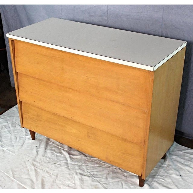 Mid-Century Modern Blond Wood Chest of Drawers - Image 9 of 9