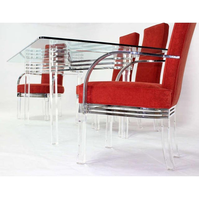 Chrome Mid-Century Modern Set of Six Dining Chairs and Table in Lucite, Chrome, Glass For Sale - Image 7 of 9