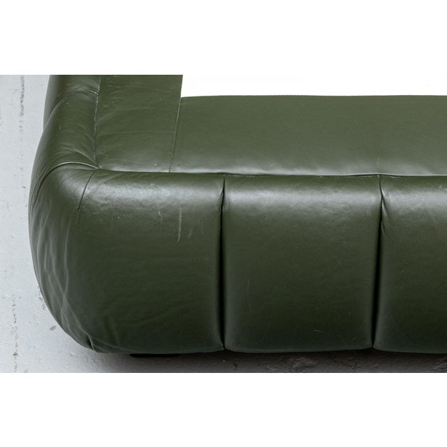 Contemporary Avery Boardman Queen Size Leather Platform Bedframe For Sale In Boston - Image 6 of 11