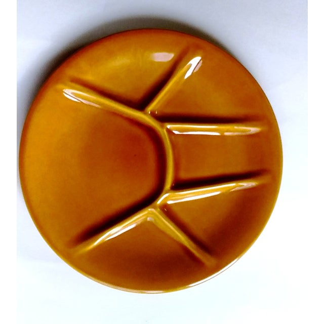 Mid-Century Modern Boch Freres Keralux Divided Plates - Set of 4 For Sale - Image 3 of 10