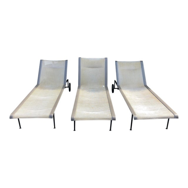 Knoll 1966 Collection Adjustable Chaises - 3 Pieces For Sale