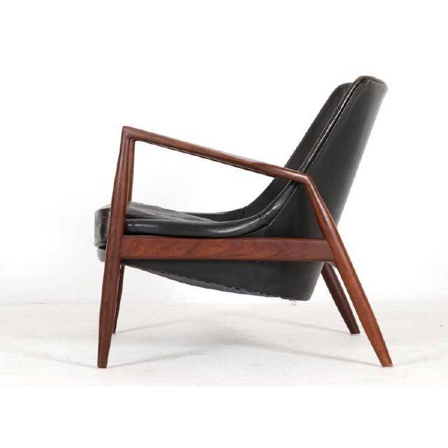 """Ib Kofod-Larsen 1950s Vintage Ib Kofod Larsen, """"Seal"""" Chair For Sale - Image 4 of 5"""