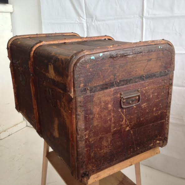 Vintage Distressed Trunk - Image 7 of 7