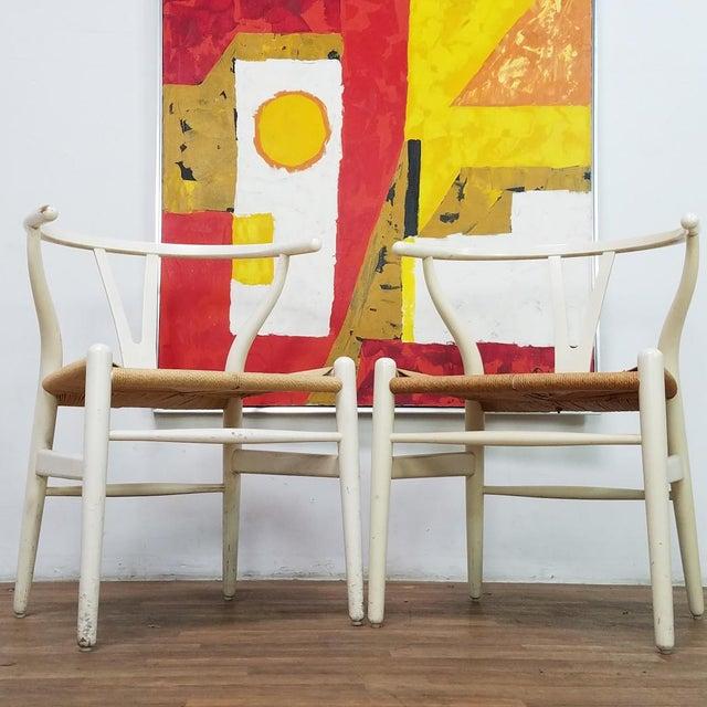 1960s Mid-Century Danish Hans Wegner Wishbone Chairs - A Pair For Sale - Image 5 of 13