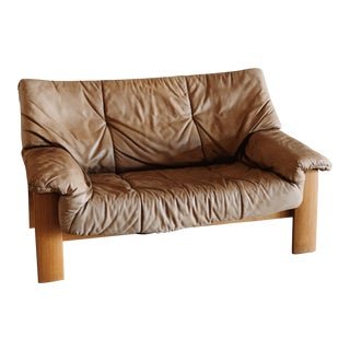 Leolux Leather Bucket Loveseat For Sale