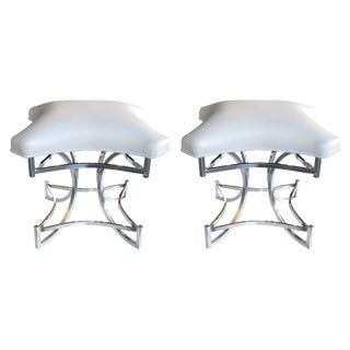 Mod Pair of American 1970s Square-Form Chrome Stools With White Leather Seats For Sale