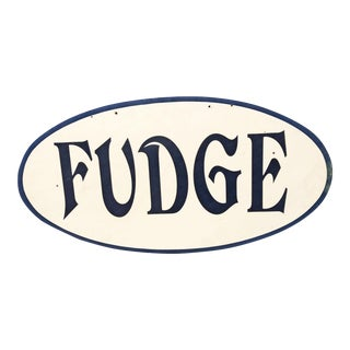 "Vintage Hand Painted Oval Wood Sign - ""Fudge"" For Sale"