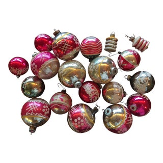 Vintage Mid-Century Shiny Brite Glass Christmas Ornaments - Set of 19 For Sale