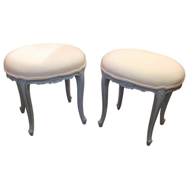 French Gray Wood Upholstered Oval Stools / Ottomans - a Pair For Sale In Philadelphia - Image 6 of 6