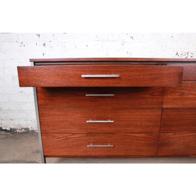 Metal Paul McCobb for Calvin Mid-Century Modern Eight-Drawer Walnut Dresser Credenza, Newly Restored For Sale - Image 7 of 13