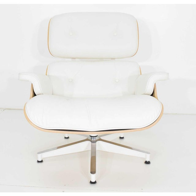 Herman Miller Charles & Ray Eames for Herman Miller Lounge Chair and Ottoman For Sale - Image 4 of 12