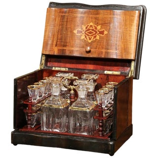 19th Century French Napoleon III Walnut Cave a Liqueur With Inlay Marquetry For Sale
