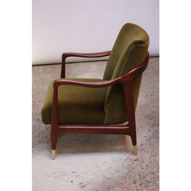 Mid-Century Italian Modern Sculpted Walnut and Velvet Lounge Chair For Sale - Image 4 of 13