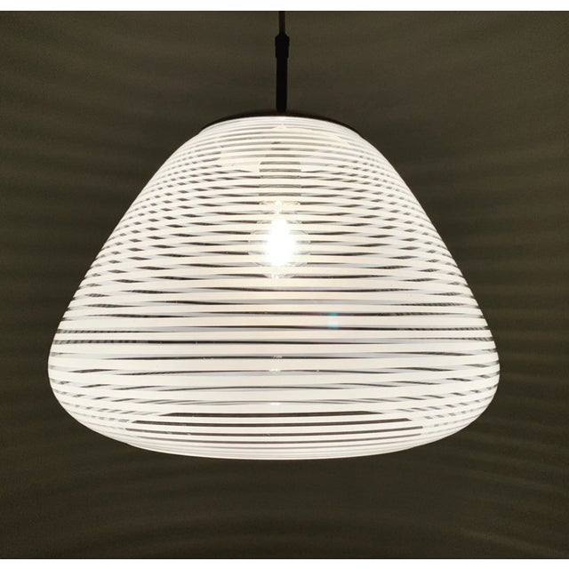 1950s Mid-Century Modern Glass Pendant Lamp by Wilhelm Wagenfeld for Peill and Putzler For Sale - Image 5 of 8