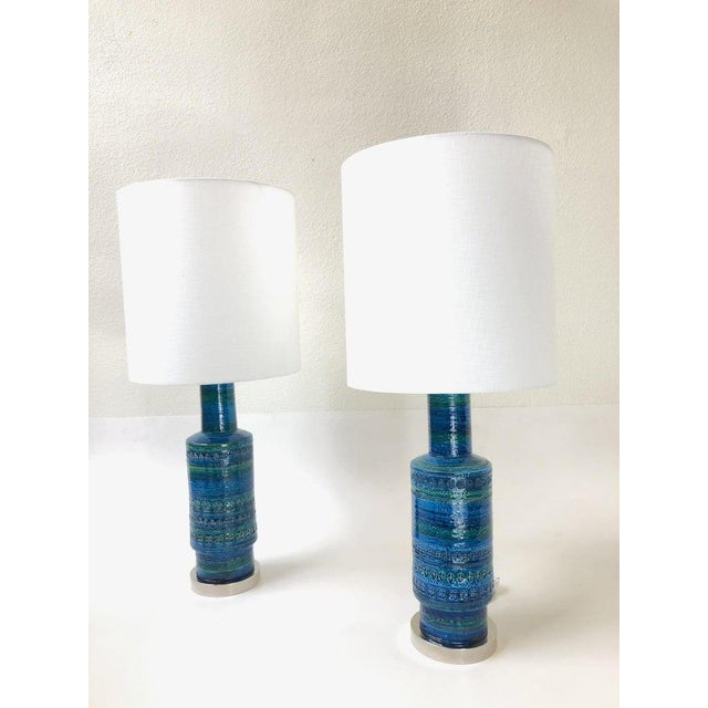 Bitossi Rare Pair of Rimini Blue Italian Ceramic and Nickel Table Lamps by Bitossi For Sale - Image 4 of 11