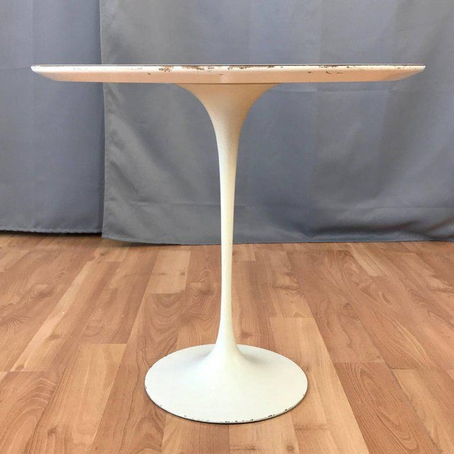 Early Eero Saarinen for Knoll Pedestal Collection Oval Side Table For Sale - Image 9 of 12