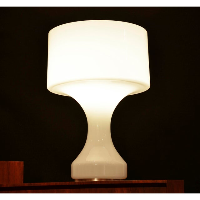 White Opal Crystal Hand Blown Glass Enrico Capuzzo Sebenica Lamp for Vistosi, Circa 1965 For Sale In Detroit - Image 6 of 7