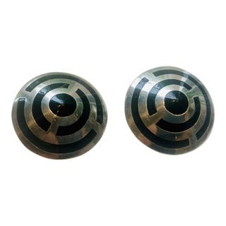 Taxco Mexican Sterling and Onyx Bullseye Earrings For Sale